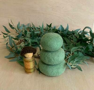 Felted Earth Pebbles,Green,3pcs