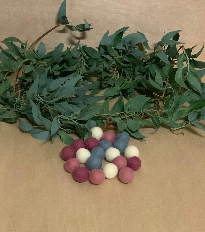 Felt Balls,2cm,BubbleGum,20pcs