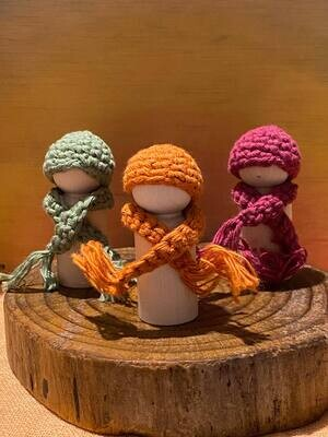 Beanie and scarfs sets for peg dolls 6cm