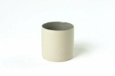 Tasse S - Extérieur crème / Intérieur gris