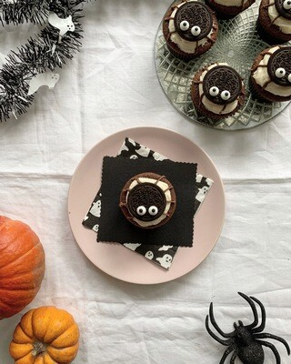 - LIMITED EDITION - Halloween Spider Cupcakes (V/NF)