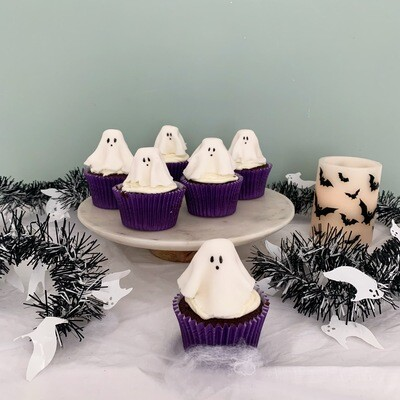 LIMITED EDITION - Ghastly Ghosts Cupcakes (V/NF)