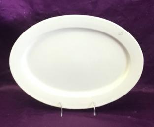 """14.5""""x11"""" Rim Oval Platter"""