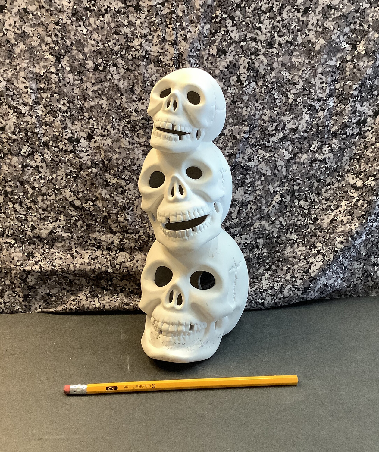 Stacking Skull w/ Lights