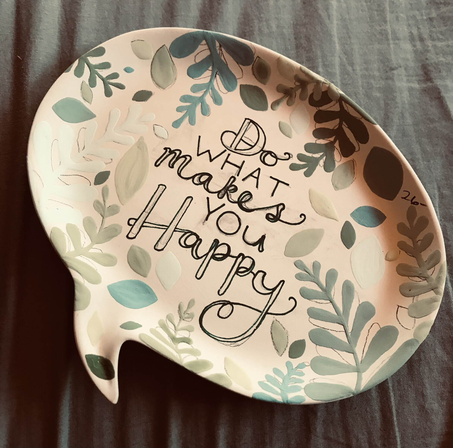 "Zoom Art Pottery Class:  ""Do What Makes You Happy"" on Message Plate Sunday Feb. 28th (3-5pm)"
