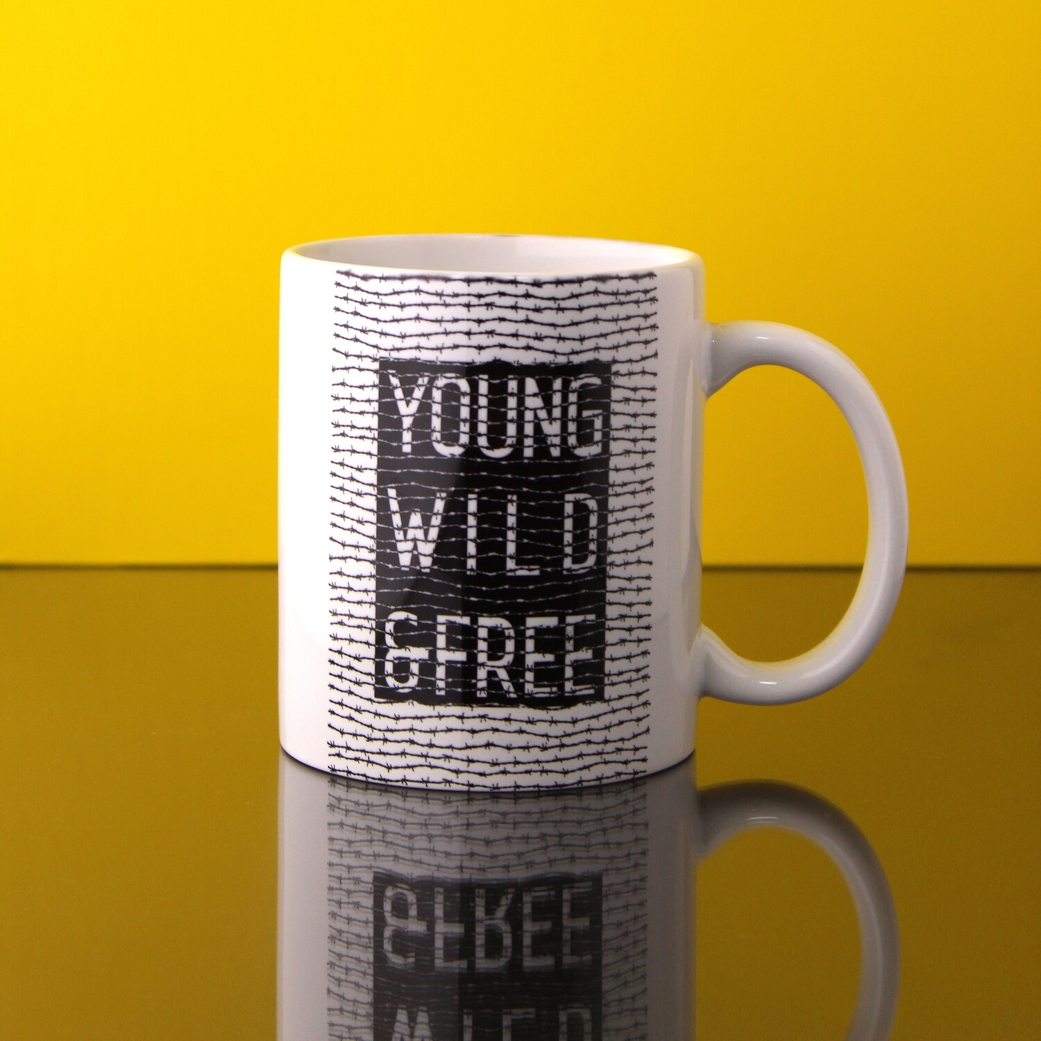 """Кружка """"Young, Wild & Free"""""""