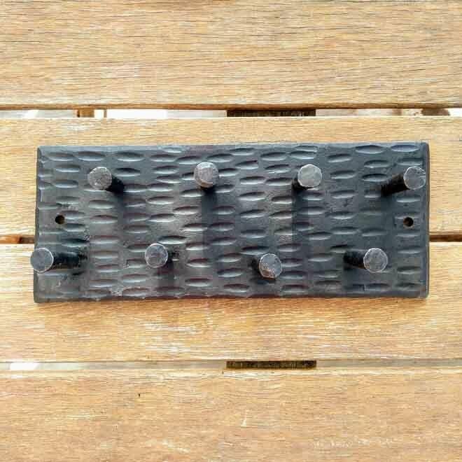 Peg Wall Rack - 8 Hook