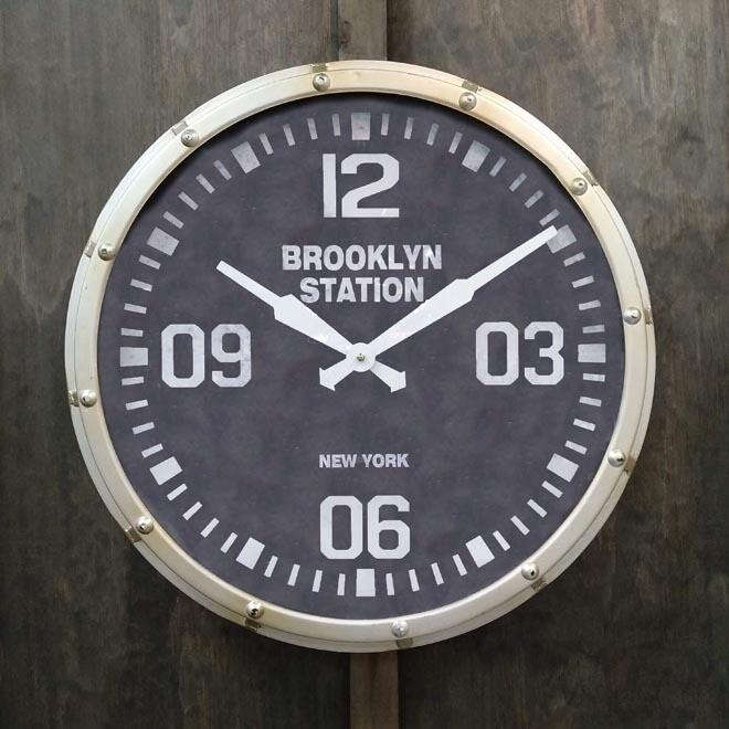 Brooklyn Station Clock Rnd