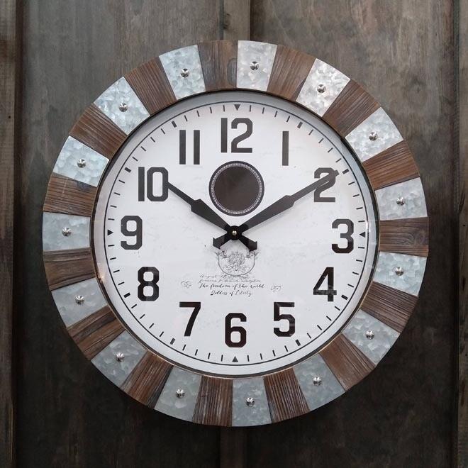 Timber/Galvanized Metal Clock Rnd