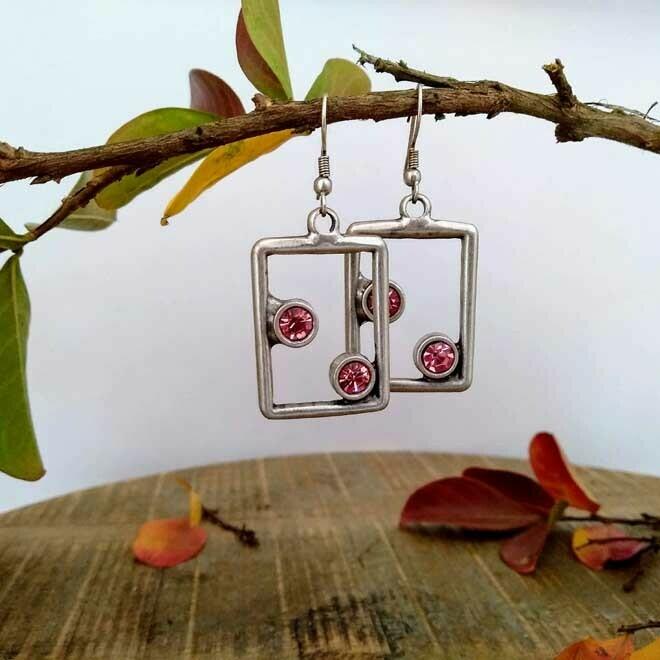 Frame Earrings - Pink