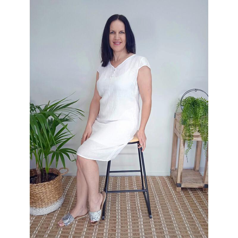 Buttoned Midi Dress - White