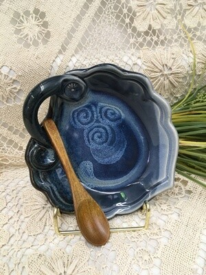 Spread Server Round, Ocean Blue - Pavlo Pottery - Canadian Handmade