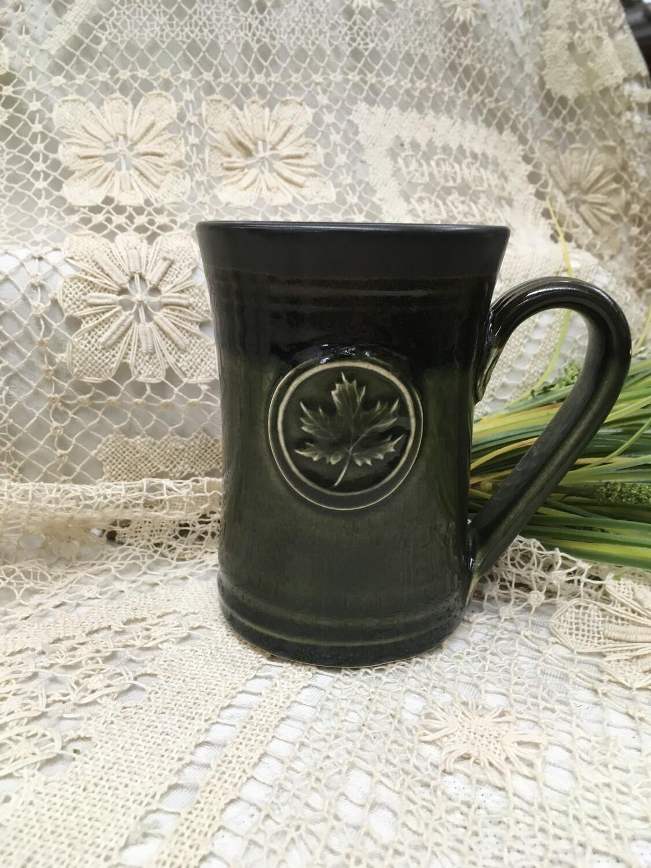 Medallion Large Mug, Maple Leaf, Green Stone - Pavlo Pottery - Canadian Handmade