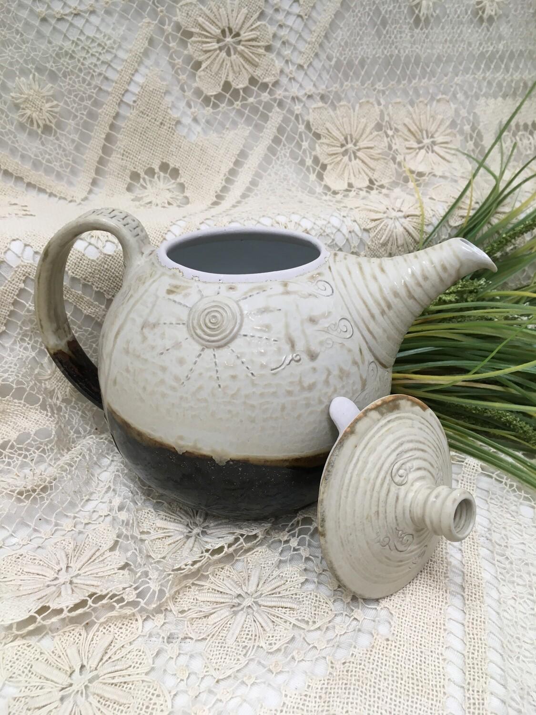 Fancy Tea Pot, Cream Ash - Parsons Dietrich Pottery - Canadian Handmade