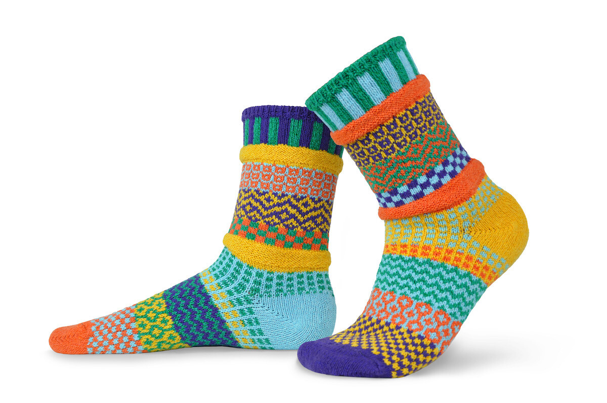 Forget Me Not - Small - Mismatched Crew Socks - Solmate Socks