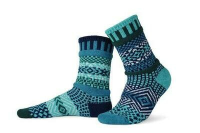 Evergreen - Large - Mismatched Crew Socks - Solmate Socks