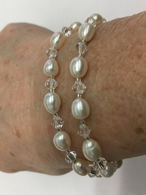 Freshwater Pearl Double Strand Bracelet with white Pearls and crystals - Elasticized