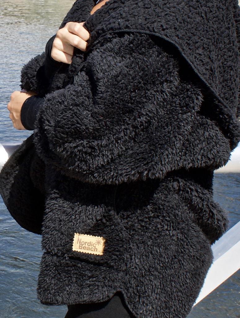 Nordic Beach Body Wrap Petite - Black Licorice