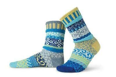 Air - Extra Large - Mismatched Crew Socks - Solmate Socks
