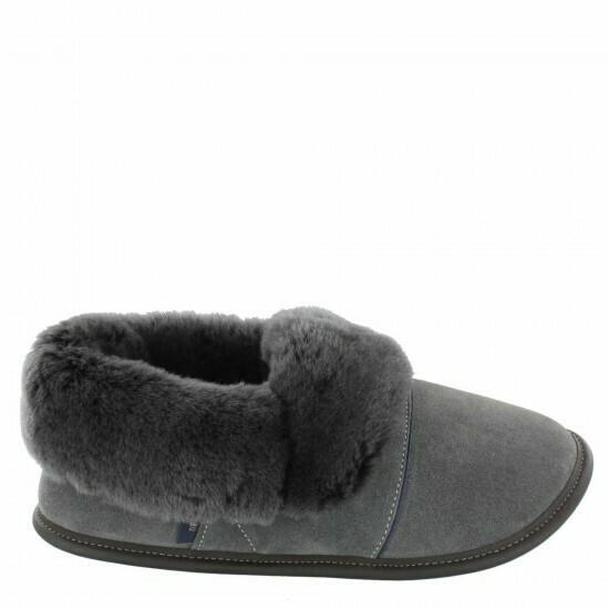 Mens Low-cut - 10.5/11.5  Charcoal / Silverfox fur: Garneau Slippers