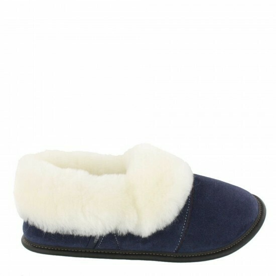 Mens Low-cut - 10.5/11.5  Navy / White fur: Garneau Slippers