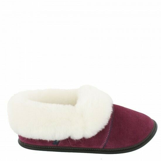 Ladies Low-cut - 5/5.5 Plum / White Fur: Garneau Slippers