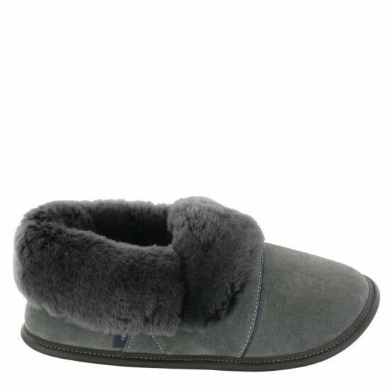 Ladies Low-cut - 6/7, Charcoal / Silverfox Fur: Garneau Slippers