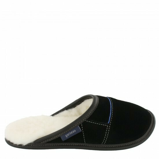Ladies Slip-on - 7.5/8.5  Black / White Fur: Garneau Slippers