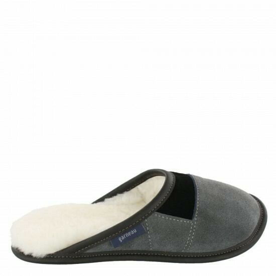 Ladies Slip-on - 10.5/11  Charcoal / White Fur: Garneau Slippers