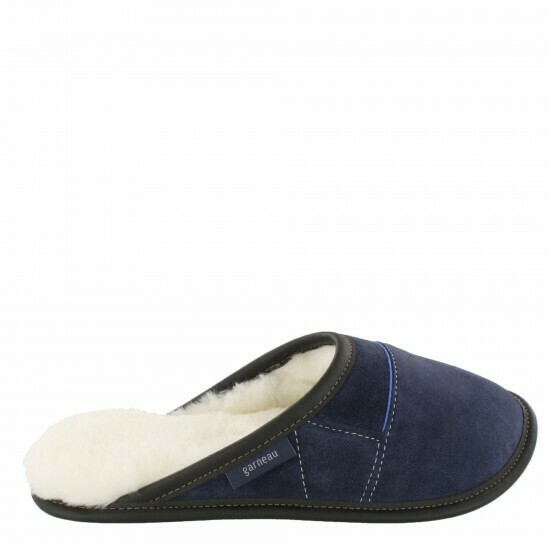 Mens Slip-on - 10.5/11.5  Navy / White Fur: Garneau Slippers