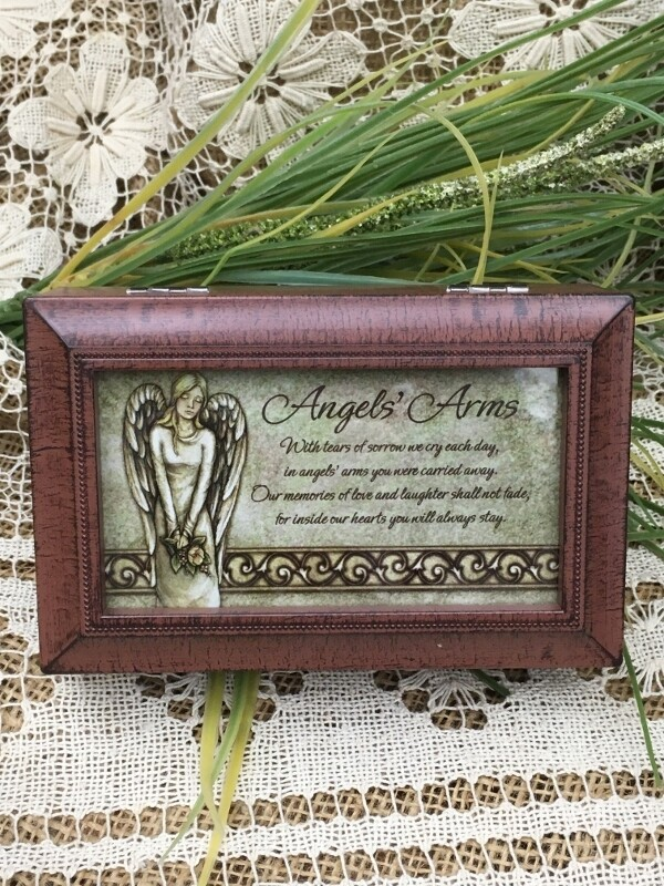 "Music Box - Angels' Arms, Memories - Plays ""Amazing Grace"" Reddish Brown"