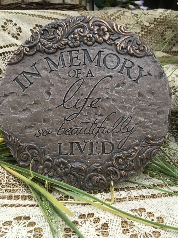 Garden Stepping Stone - In Memory of a life so beautifully lived - 9.5 inch diameter