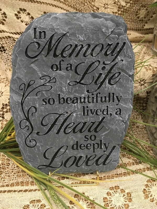 Garden Stepping Stone - In Memory of a life so beautifully lived - Rect Slate look - 8 x 11 inches