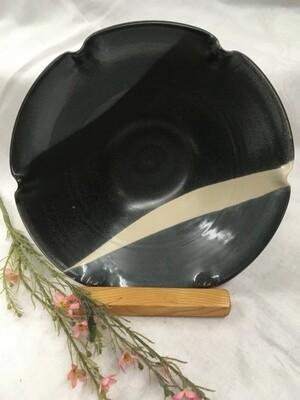 Bowl, Medium Fluted, Black & White - Pavlo Pottery - Canadian Handmade