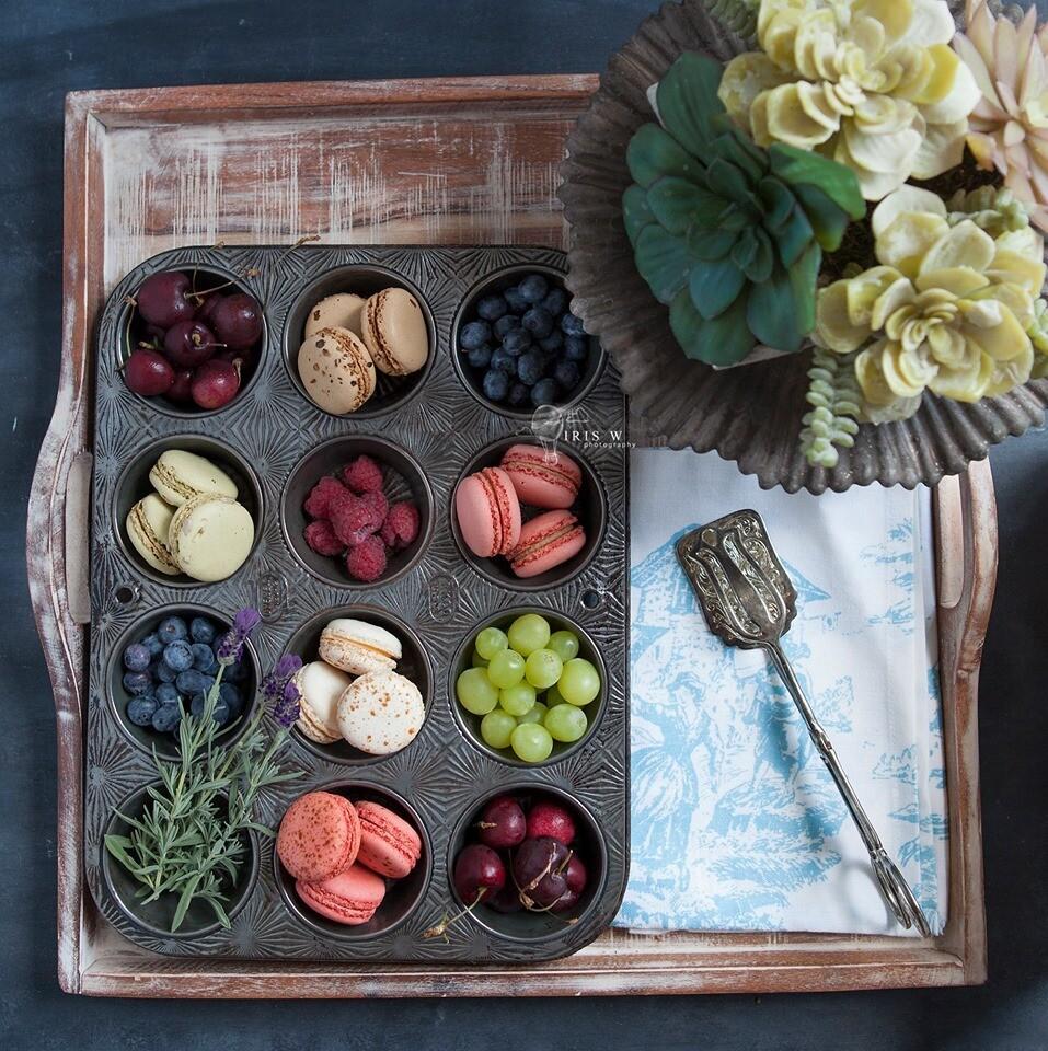10 Gourmet Sweet Macarons
