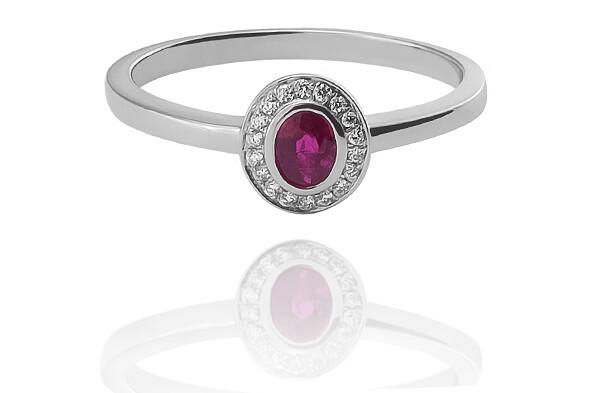 Miranda - drágaköves eljegyzési gyűrű