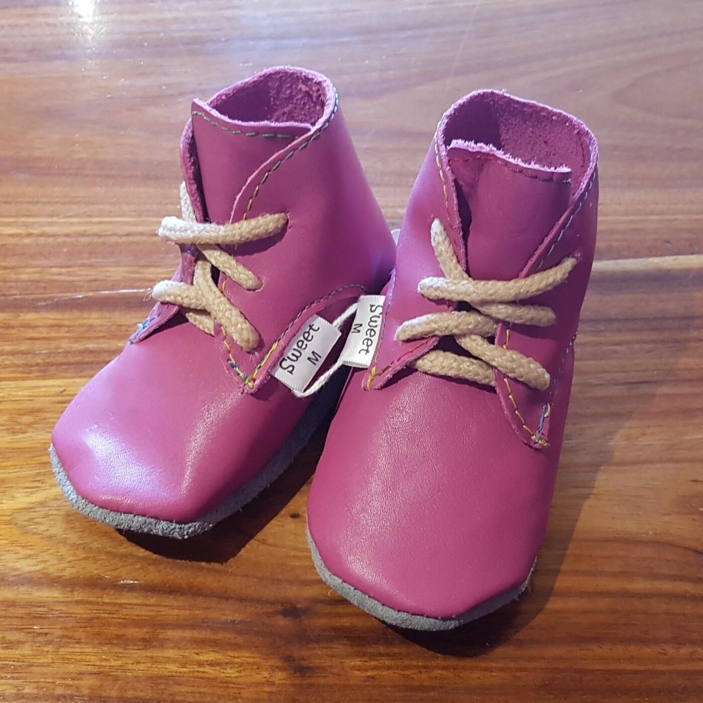 Leather Dark Pink Vellies