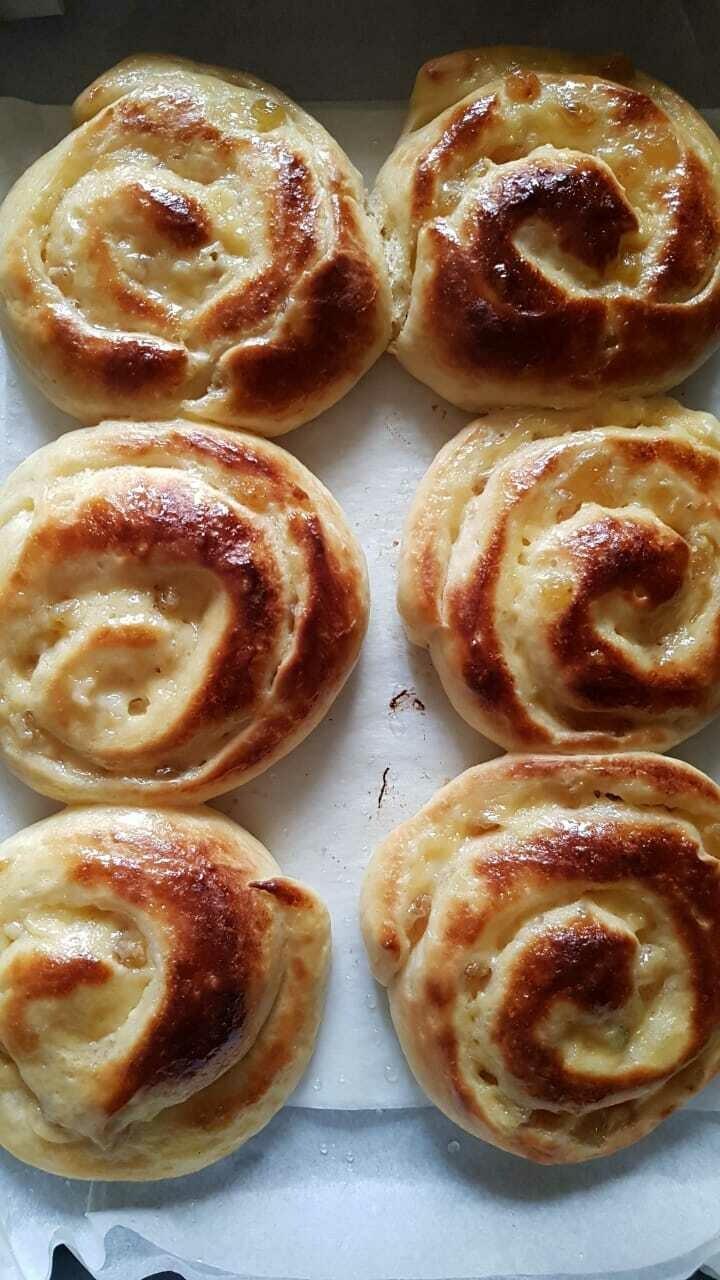 Brioche Swiss Grapes & Crème Patissiere بريوش العنب السويسري وكريم باتيسير (Pack of 5) - Crafting Delices