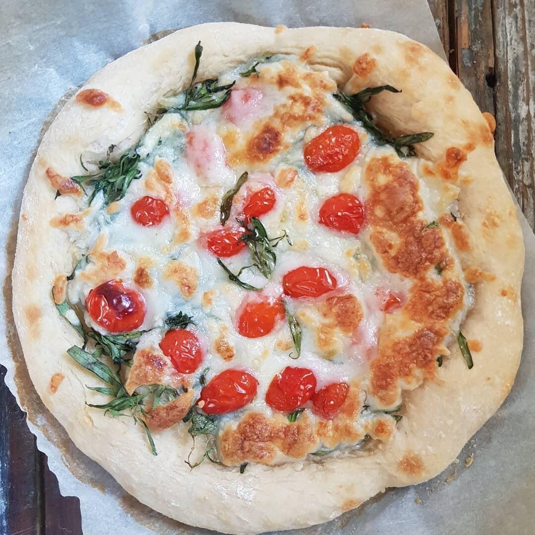 Sourdough Pizza Dough بيتزا العجين المخمر (Pack of 4) - Crafting Delices