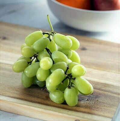 Grapes Thompson عنب (Kg) - Our Selection