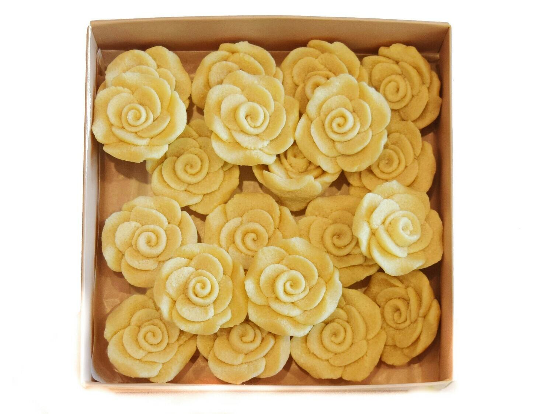 Marzipan Handcrafted Roses ورود مرصبان مصنوعة يدويًا (Box) - Le Marzipan de Zouk