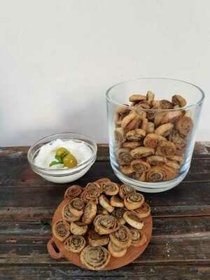 Crackers Zaatar مقرمشات زعتر (Box) - Crafting Delices