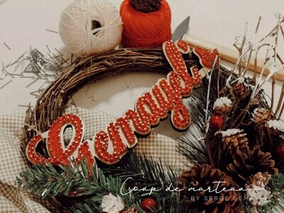 String Art - Wreaths Family Name Christmas Wood (Piece) - Coup de Marteau