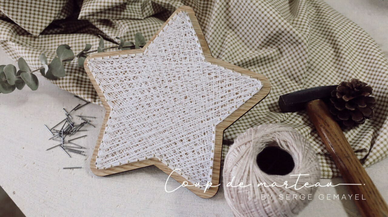 String Art - Star Tree Topper (Piece) - Coup de Marteau