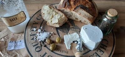 Sourdough Bread Multi-Flour خبز العجين المخمر متعدد الطحين  (Piece) - Atelier n7