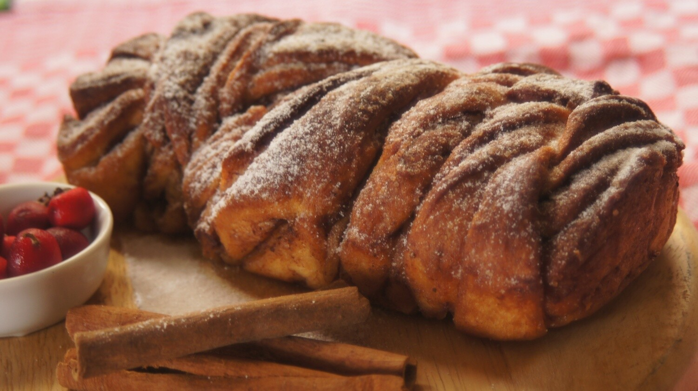 Babka Bread Cinnamon خبز بابكا بالقرفة (Piece) - Atelier n7