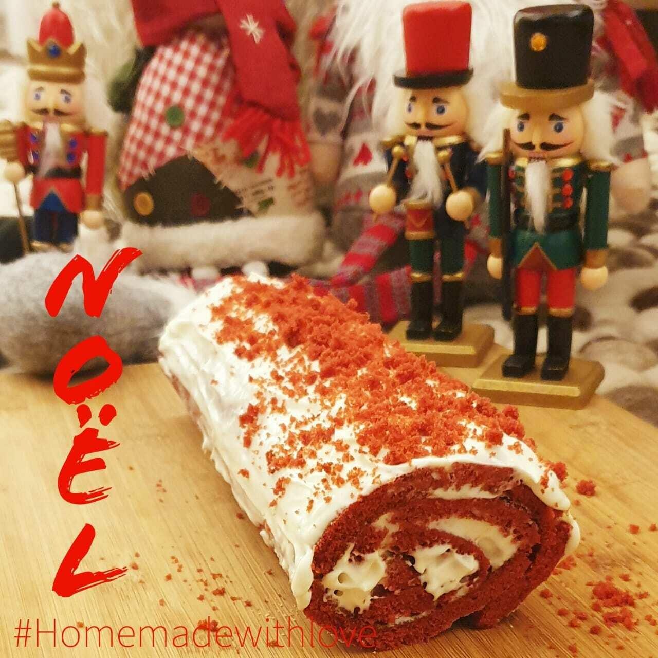 Buche de Noel Red Velvet (Piece) - Bon Appetit