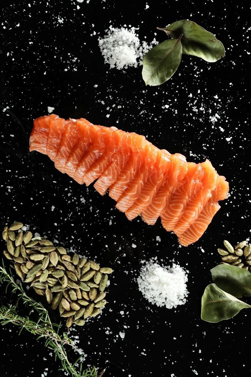 Salmon Cut Sashimi (Pack) - Le Marin Traiteur