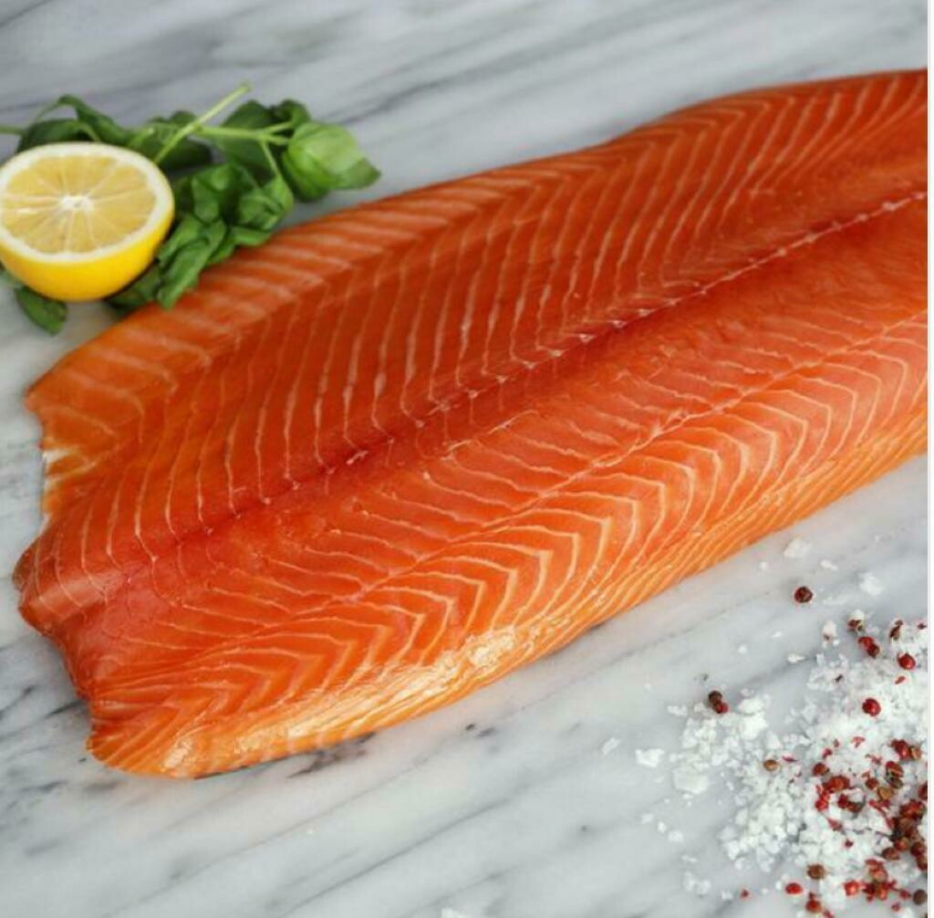 Salmon Half-Smoked (Pack) - Le Marin Traiteur
