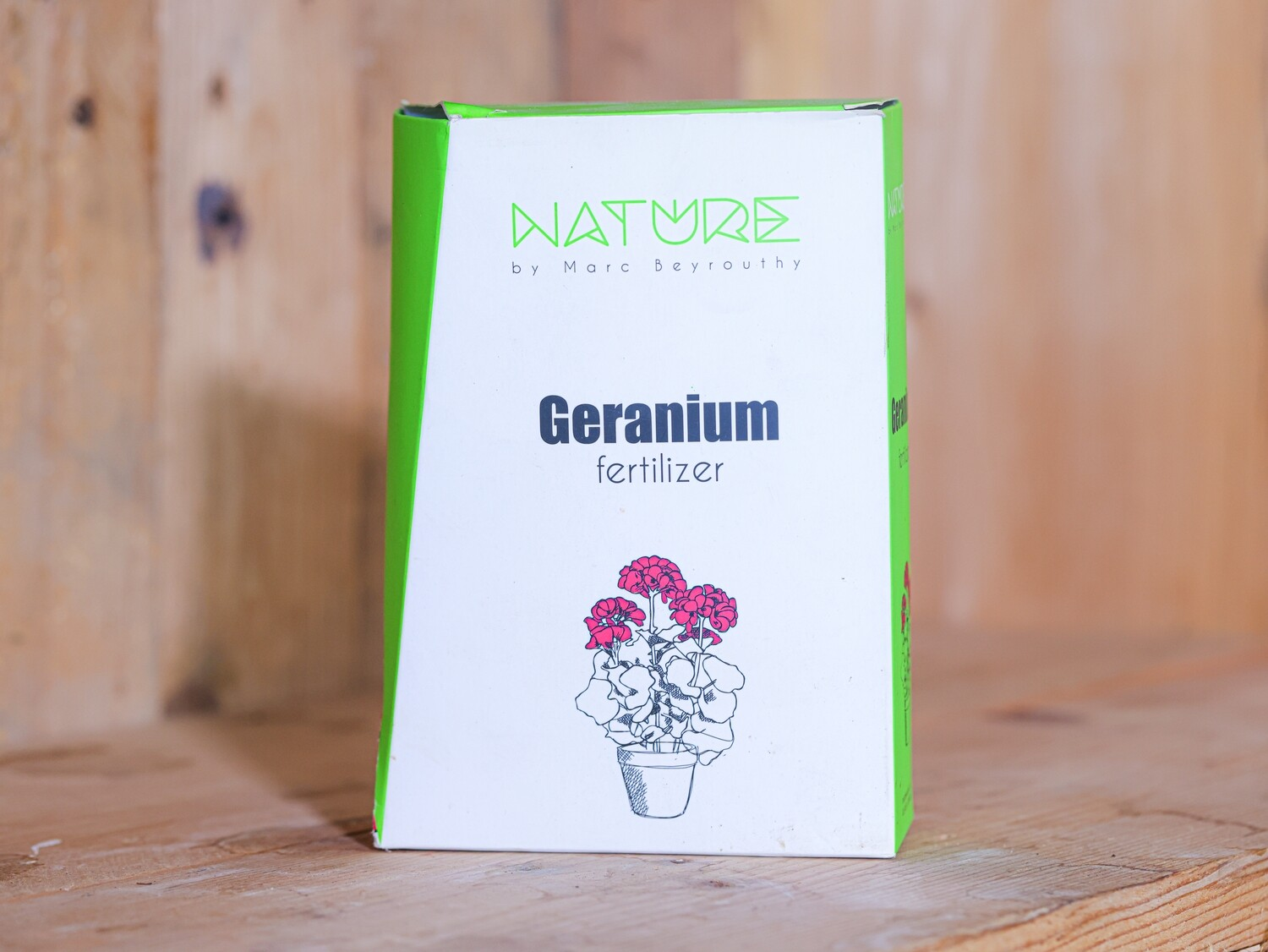 Fertilizer Geranium and Flowers (Box) - Nature by Marc Beyrouthy